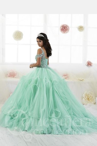 Quinceanera Collection (HoW) Style #26903