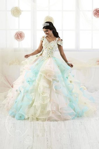 Quinceanera Collection (HoW) Style #26905