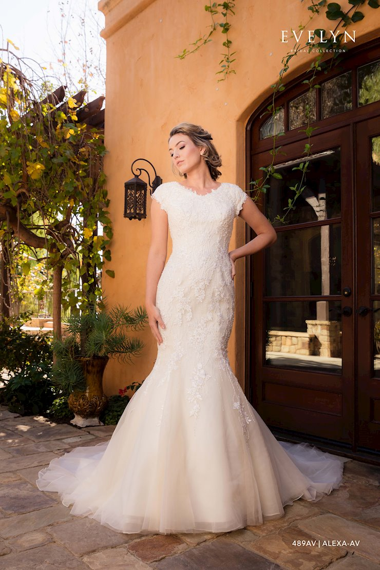 Evelyn Bridal 489AV