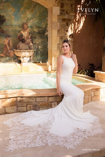 Evelyn Bridal Zella S182107