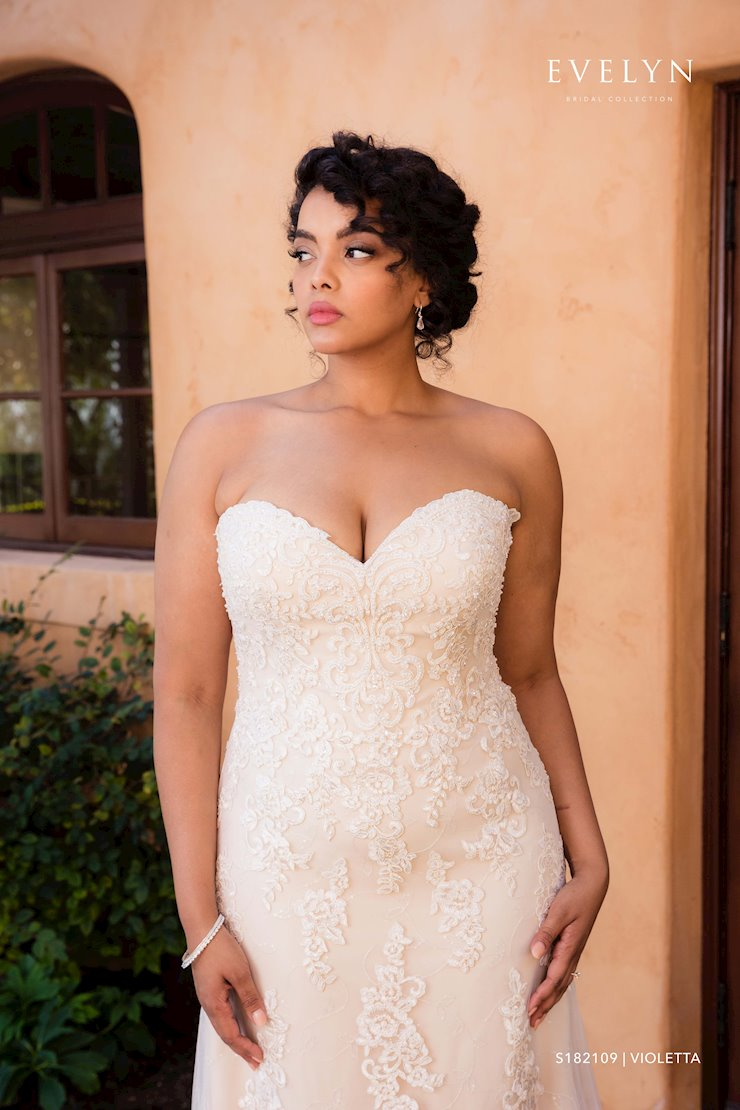 Evelyn Bridal Violetta S182109