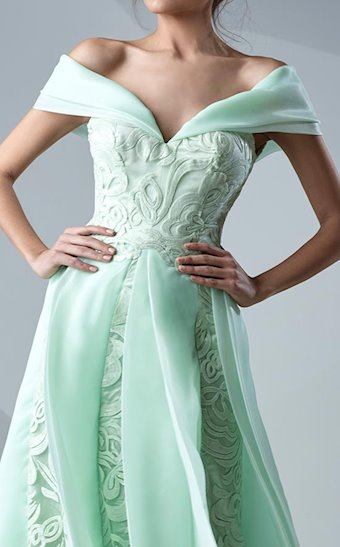 MNM Couture G0622