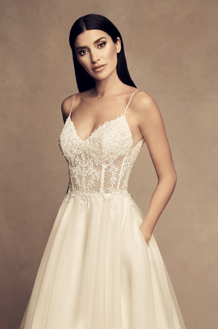 Paloma Blanca Style #4802