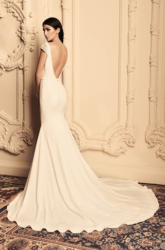 Paloma Blanca Style #4807