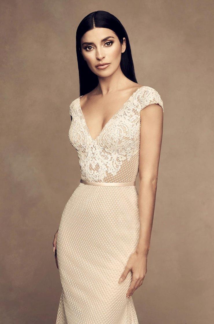Paloma Blanca Style #4813