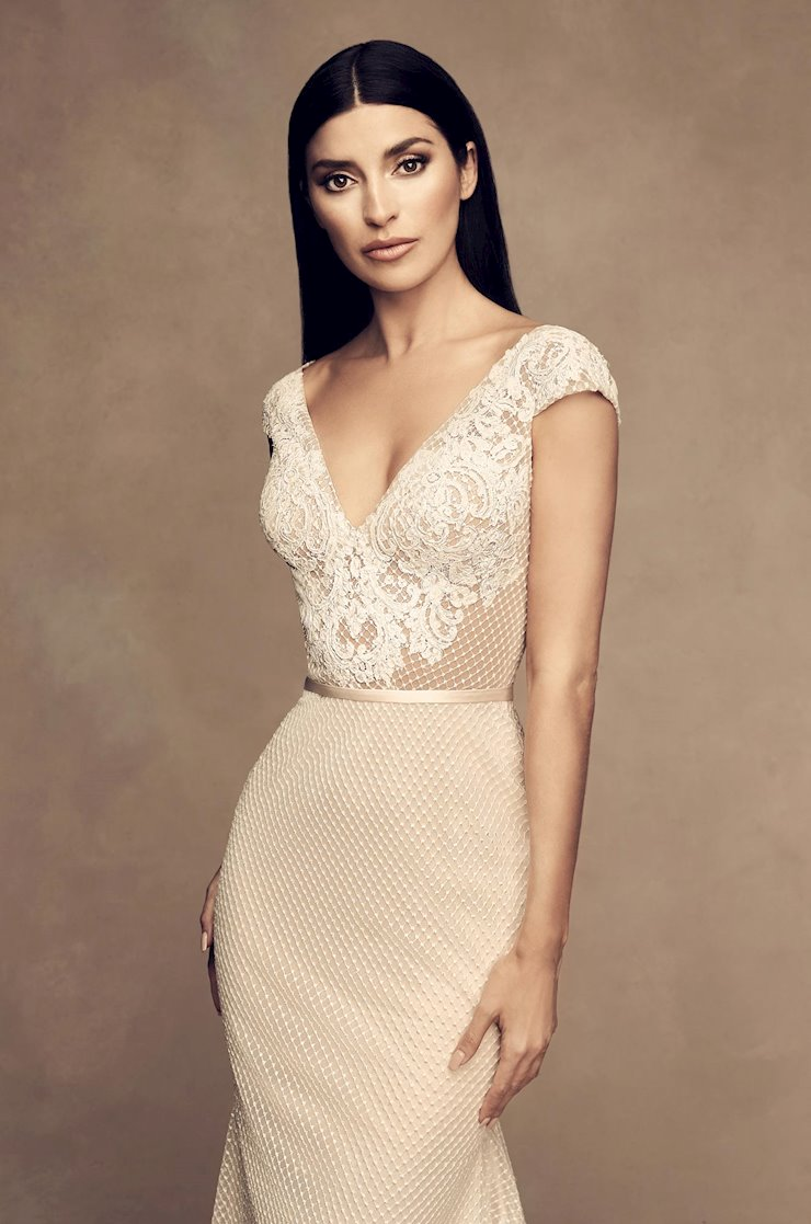 Paloma Blanca Style #4813  Image