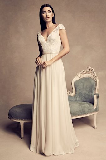 Paloma Blanca Style #4816