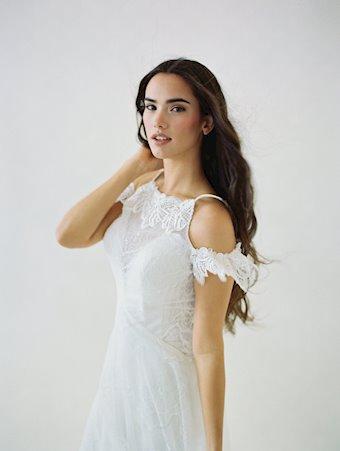Wilderly Bride F109