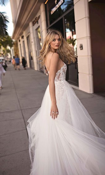 MUSE by Berta Style #CAMILA
