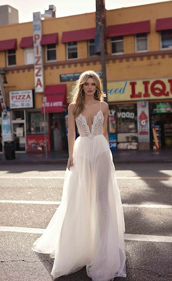 MUSE by Berta Style #CARLY