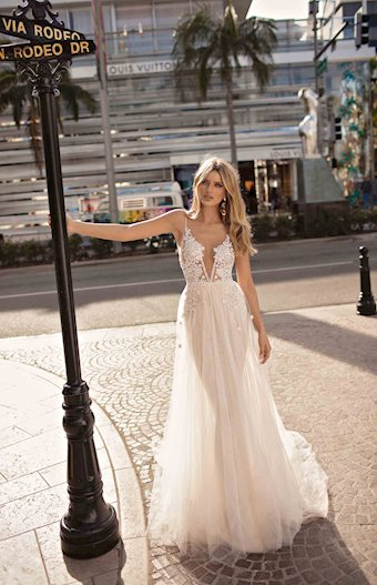 MUSE by Berta Style #CINDY