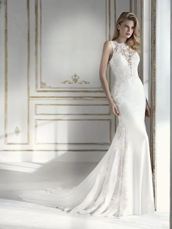 La Sposa by Pronovias pacifica