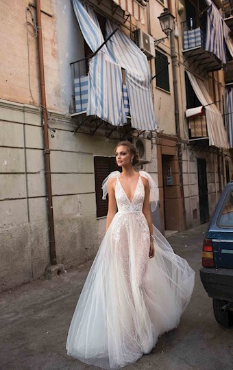 MUSE by Berta Style #BETHANY