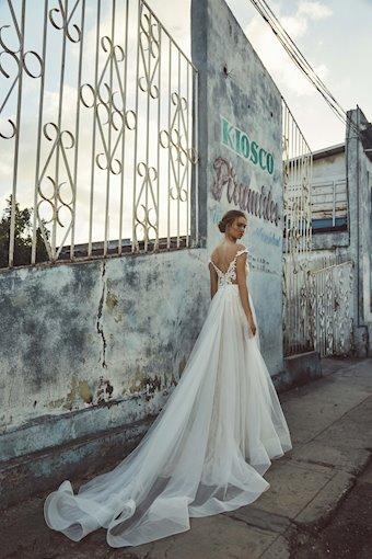 L'Amour by Calla Blanche Style #LA8226