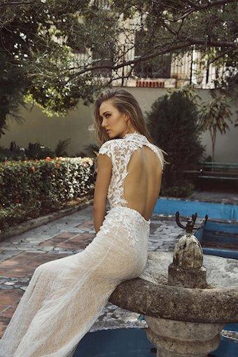 L'Amour by Calla Blanche Style #LA8235