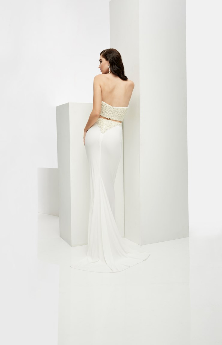 Jasz Couture Style #5910