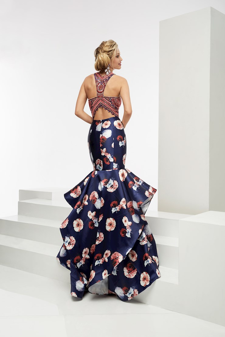 Jasz Couture Style #5934A