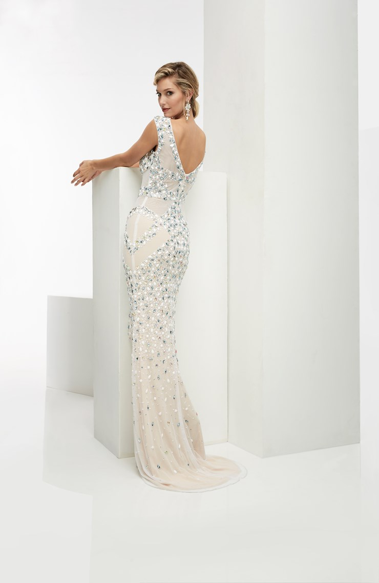Jasz Couture Style #5950
