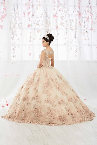 Quinceanera Collection (HoW) Style #26918