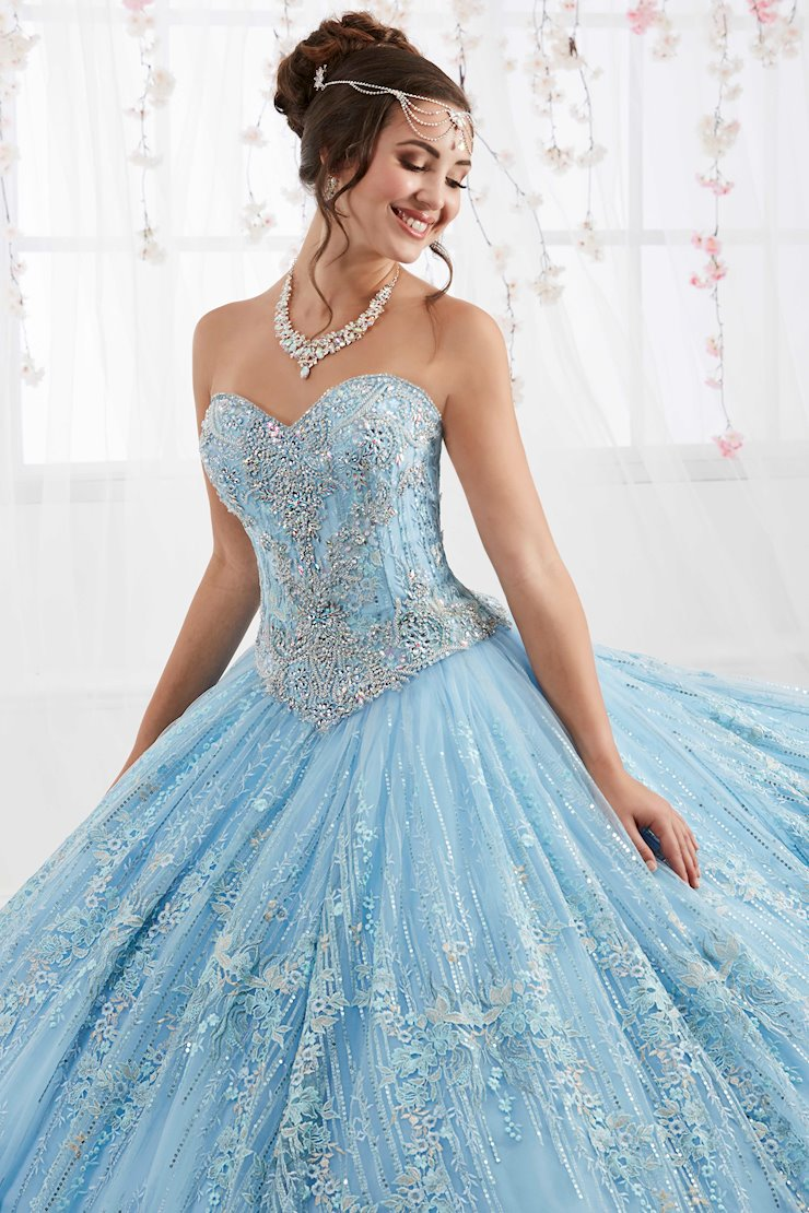 Quinceanera Collection (HoW) Style #26920