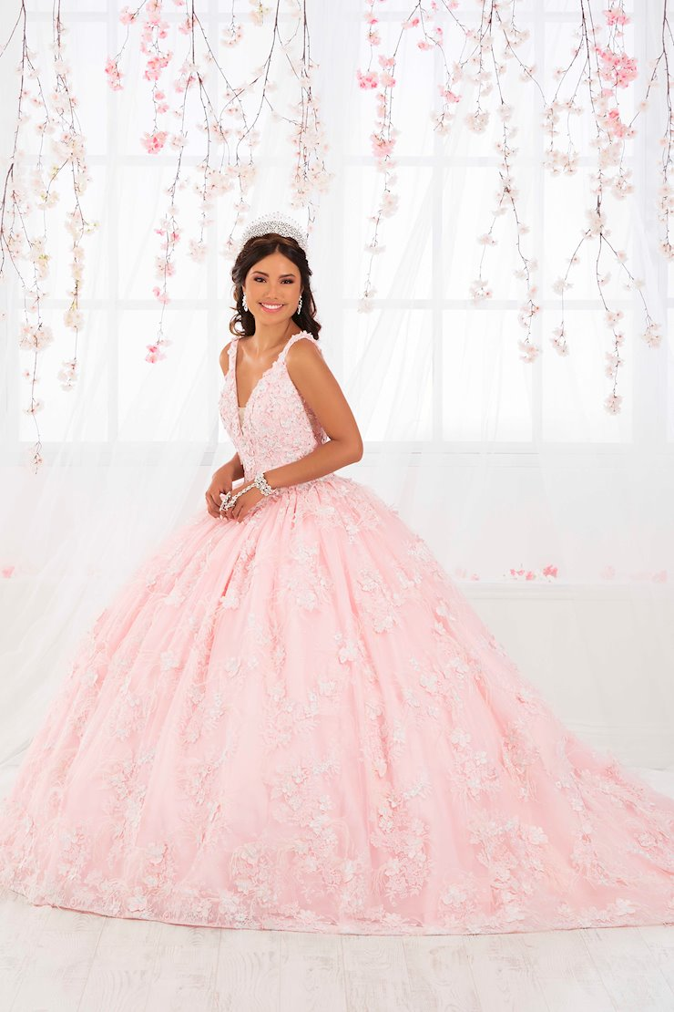 Quinceanera Collection (HoW) Style #26922 Image