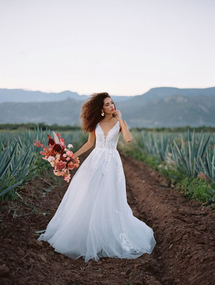 Allure Wilderly Bride Style Adara