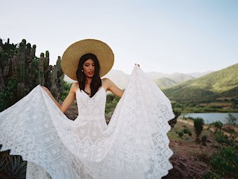 Allure Wilderly Bride Hollis