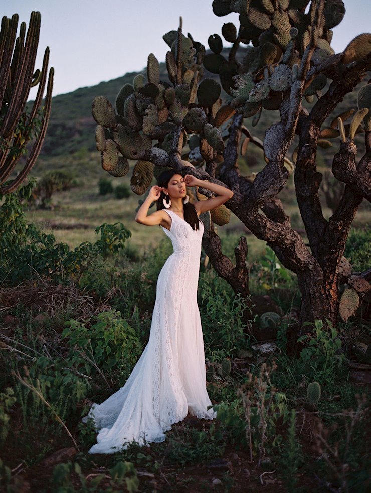 Allure Wilderly Bride Style No. Jolene