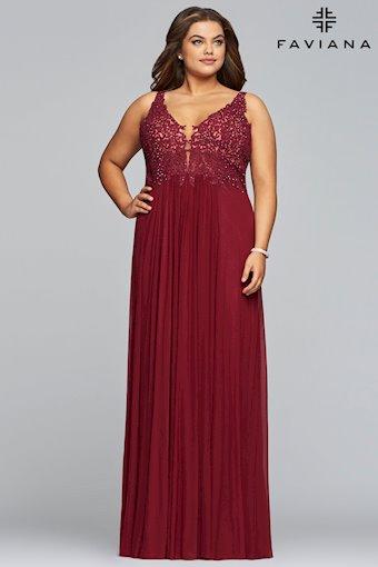 Faviana Plus Size 9428