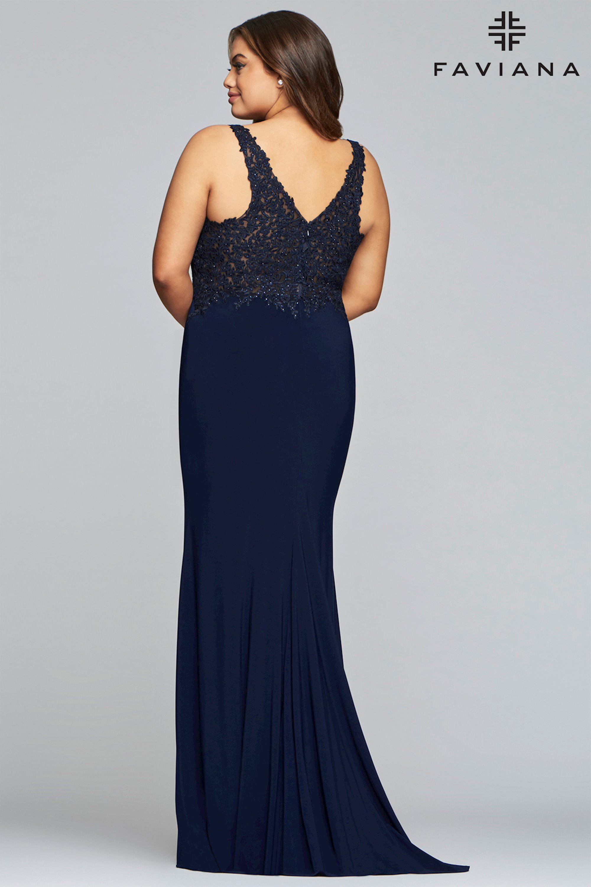 b2d842c0261 Faviana Plus Size 9463. Double tap to zoom