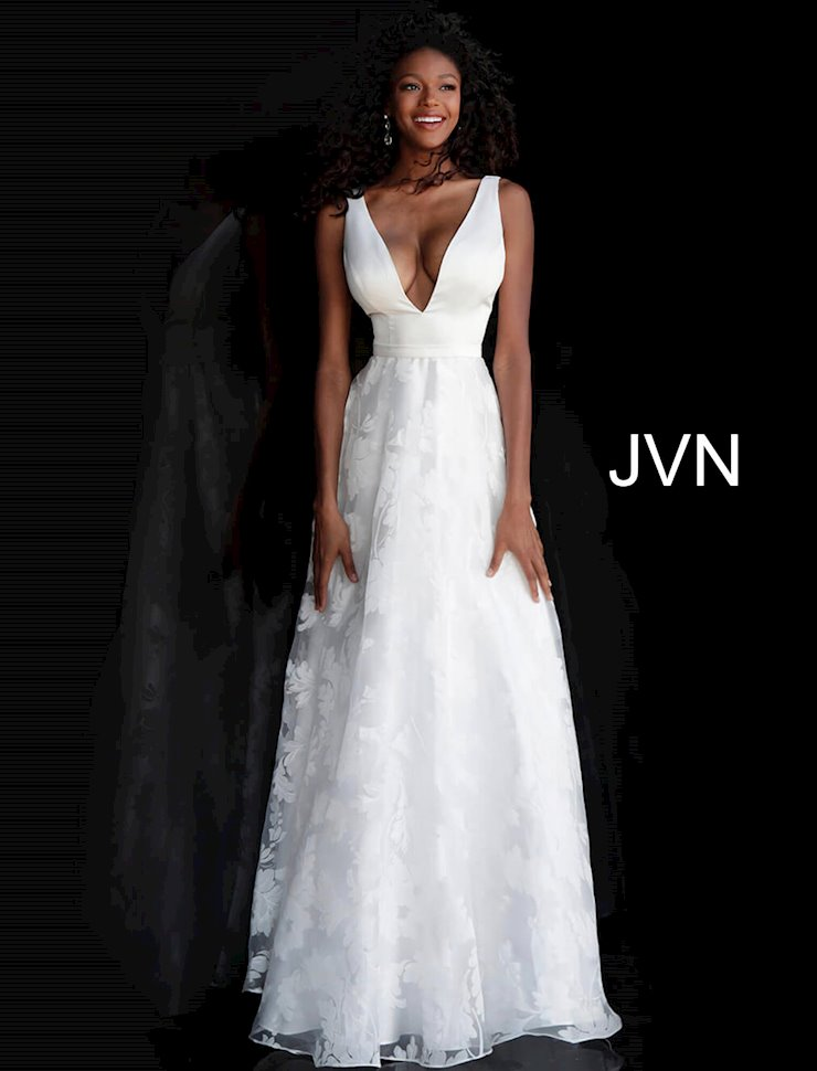 JVN by Jovani JVN67274