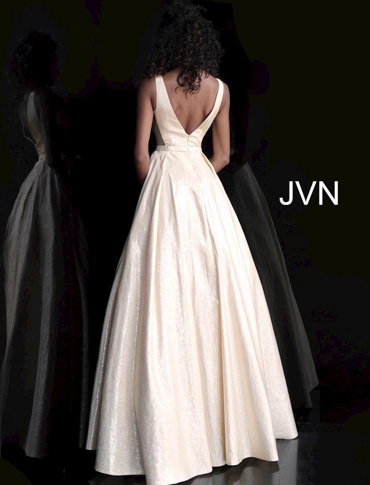 JVN JVN67880