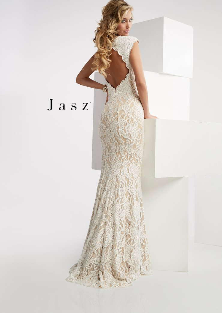 Jasz Couture Style #6025