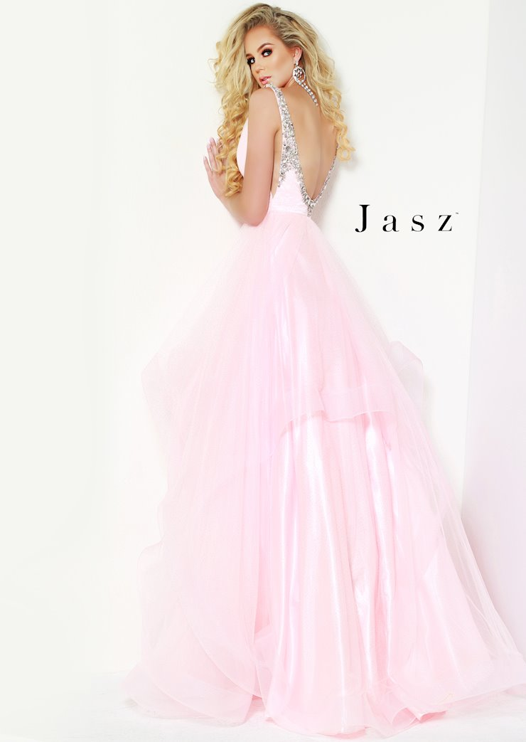 Jasz Couture Style #6512
