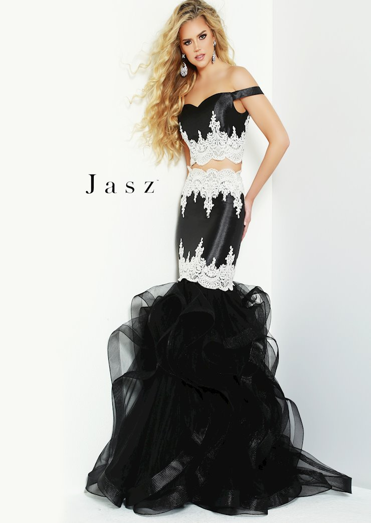 Jasz Couture Style #6513 Image