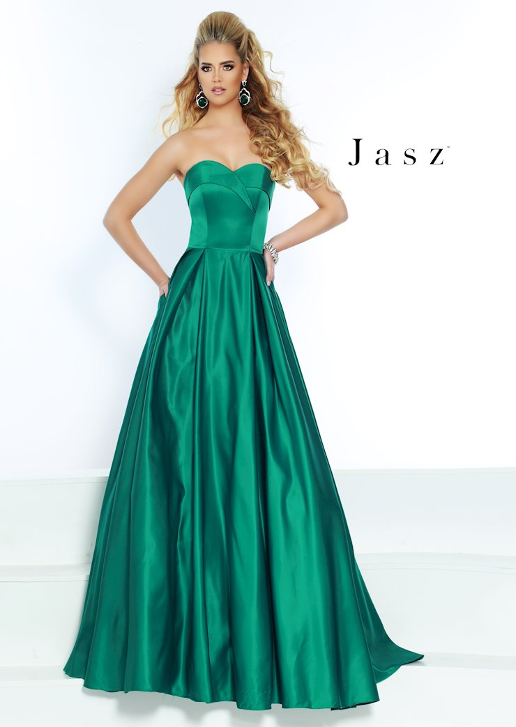 Jasz Couture Style #6520 Image