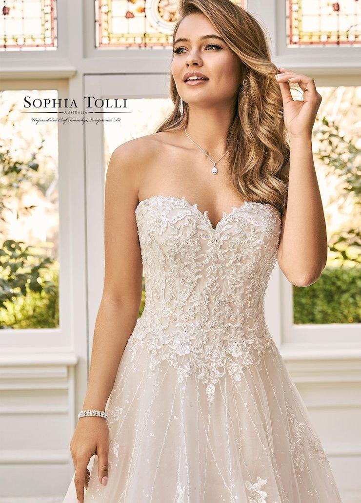 Sophia Tolli Style No. Y11940