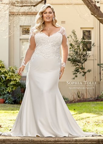 Sophia Tolli  #Y11943