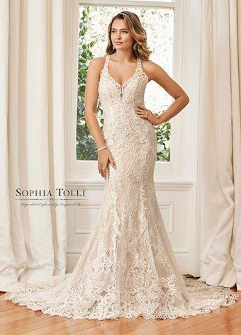 Sophia Tolli Y11944
