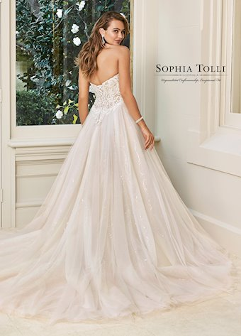 Sophia Tolli Y11945
