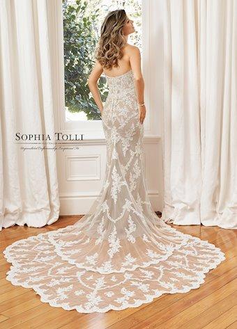 Sophia Tolli  Y11946B