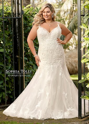 Sophia Tolli  Y11957B