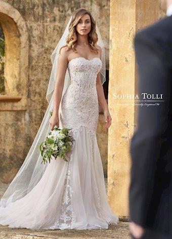 Sophia Tolli Y11960