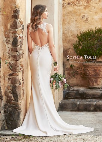 Sophia Tolli  Y11968