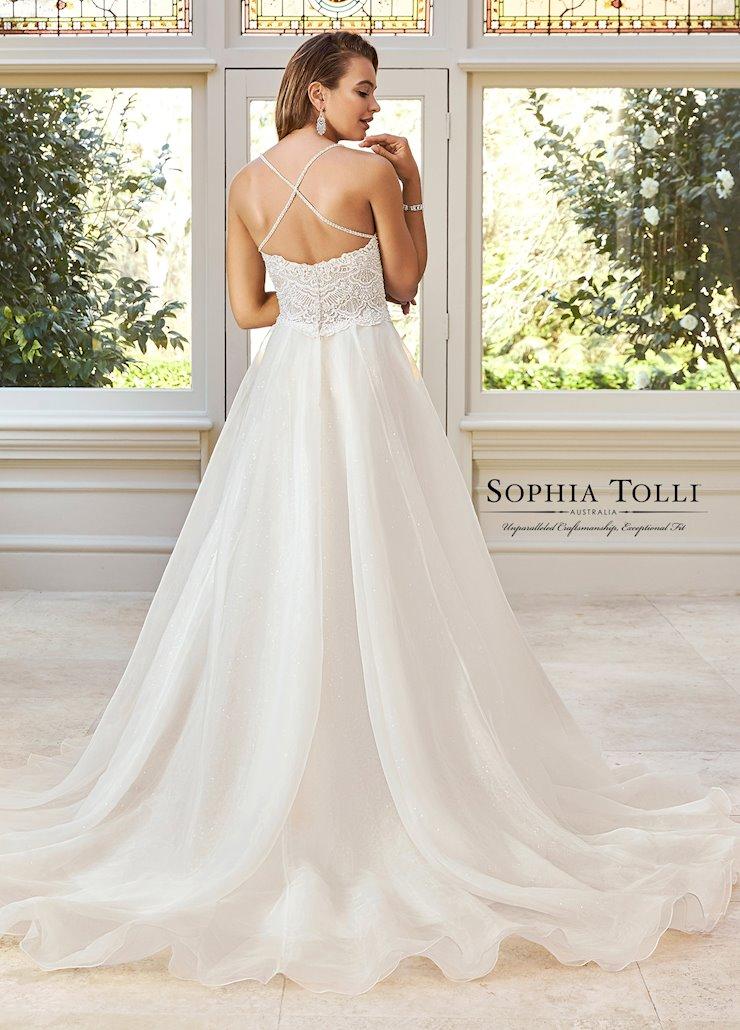 Sophia Tolli Y11970