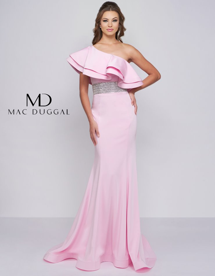 Mac Duggal 66867a The Red Carpet