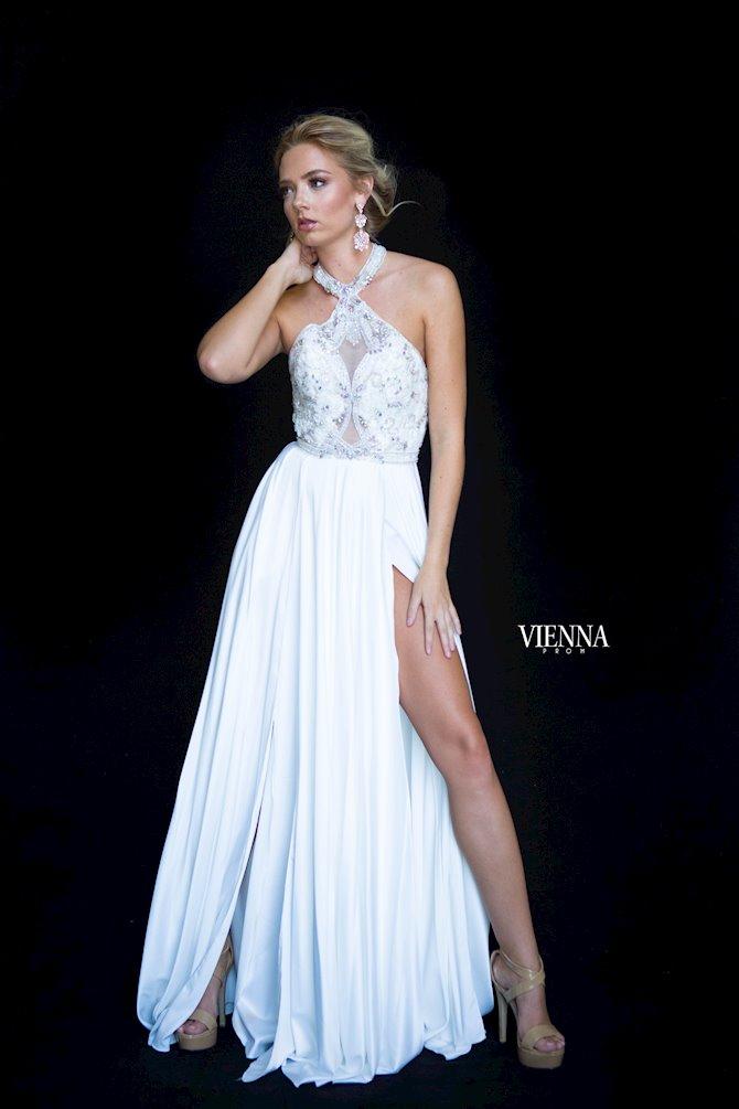 Vienna Prom 8306
