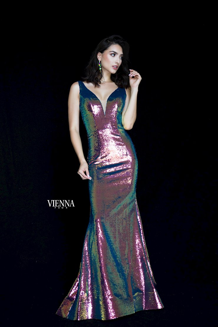 Vienna Prom Style #8818  Image