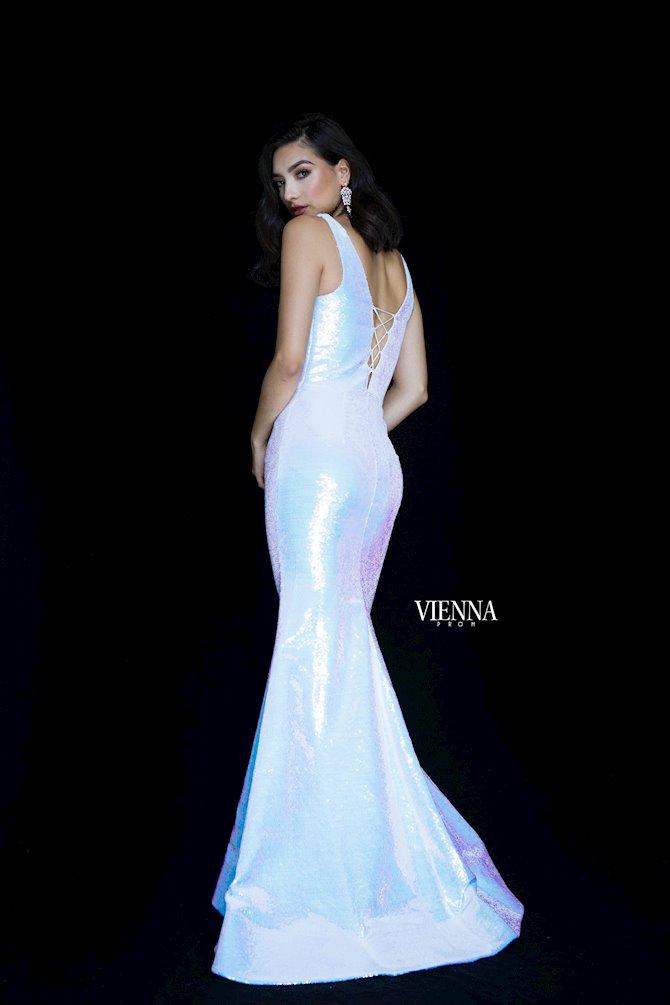 Vienna Prom 8818