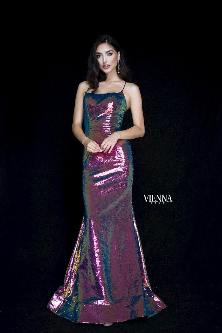 Vienna Prom 8819 Image